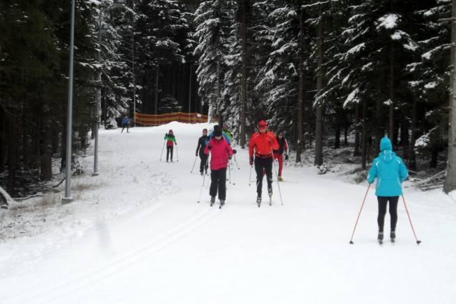 Na Jamrozowej Polanie, najlepszej obecnie polskiej trasie biegowej, brak tłumów