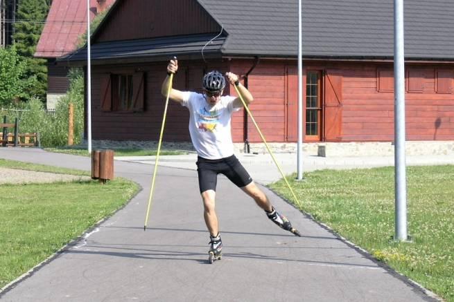 Nartorolki - kurs techniki łyżwowej - dwukrok synchroniczny