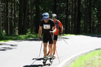 Sylwester Tomaszewicz i Robert Dudziński na trasie Uphillu Gór Sowich