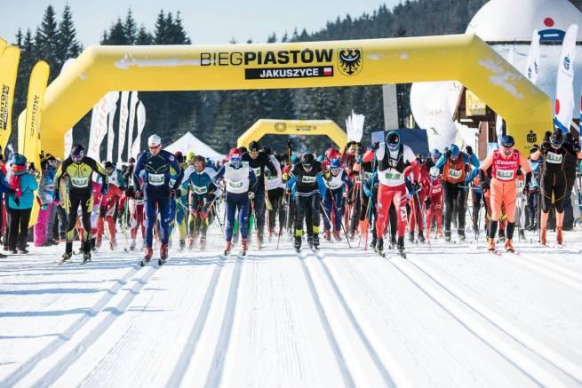 Start do Biegu Piastów na 15 km