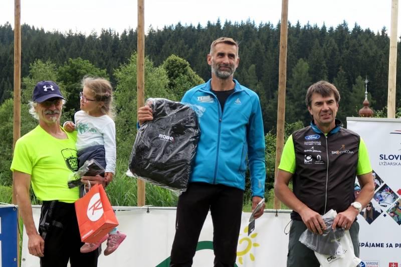 Władek Olszowski zwyciężył w kategorii pięćdziesięciolatków w niedzielnym uphillu