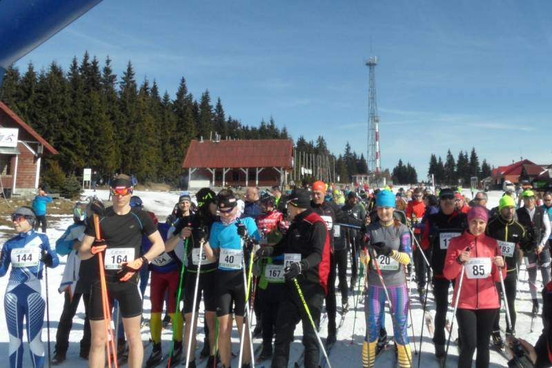 Słonecznie, rodzinnie i dobroczynnie zakończono sezon startowy w Jakuszycach