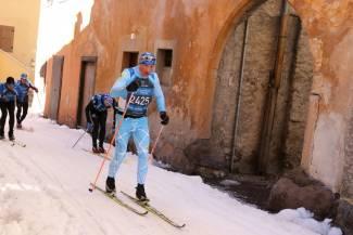 20 kroków po śniegu, czyli co robić (i czego nie robić), by zwiedzić świat na biegówkach [RECENZJA]