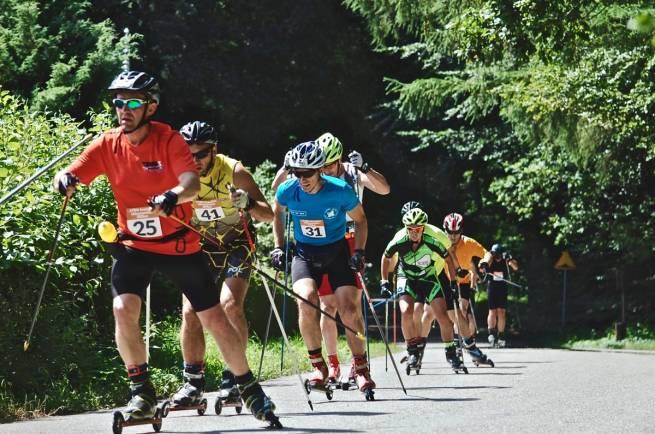 Robert Romanowicz i Rafał Koryciński na trasie biegu w Wejherowie