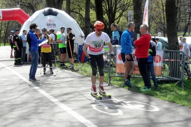 Kuba Kurowski z teamu nabiegowkach.pl rozpoczyna swój wyścig