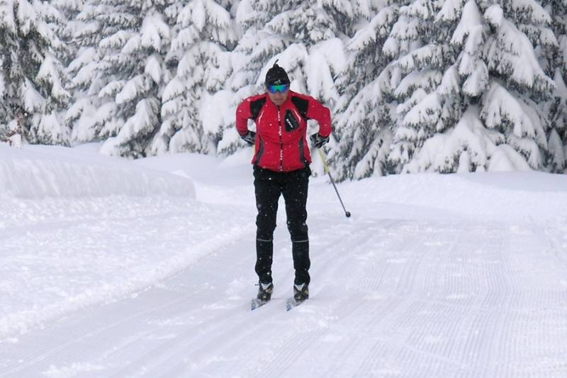 Wirtualny kurs narciarstwa biegowego (odc. 2) - styl klasyczny - bezkrok (pchanie) - FILM
