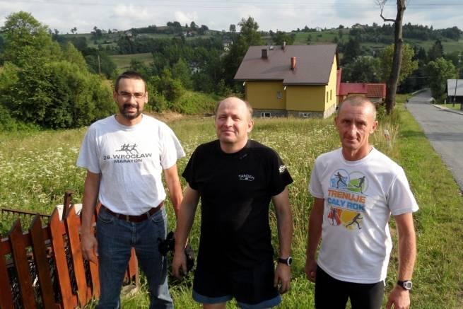 Od lewej stoją: Michał Rolski, Józef Michałek i Marek Tokarczyk