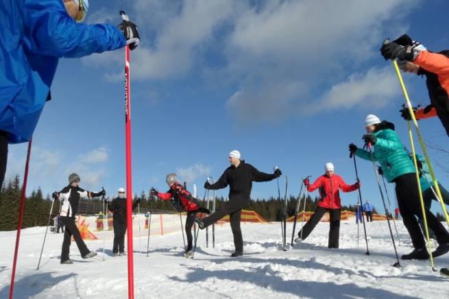 Uczestnicy portalowych obozów zimowych uczą się, trenują i bawią