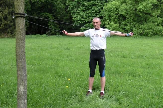 Ćwiczenia siłowe z ekspanderem [FILM]