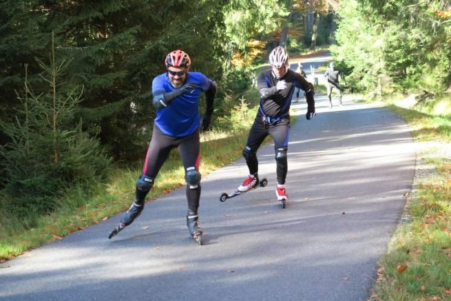Szybkie postępy podczas październikowego kursu nartorolkowego