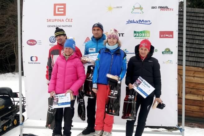 Władysław Olszowski najszybszym Polakiem w JeLyMan 40 km CT, na fotce podium kategorii 50+