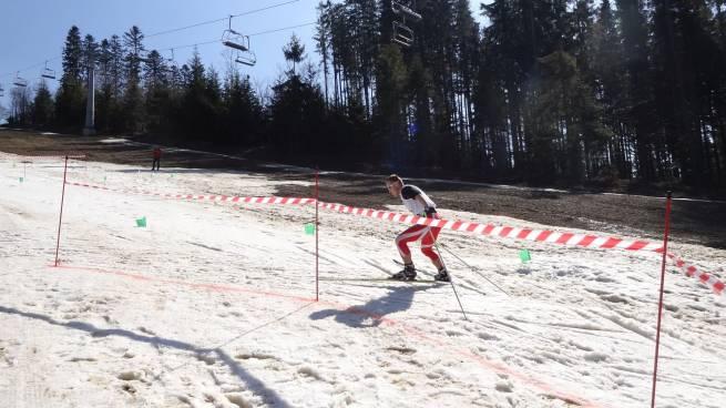 W Rajczy pożegnano zimę na nartach w biegu Beskidy bez Granic