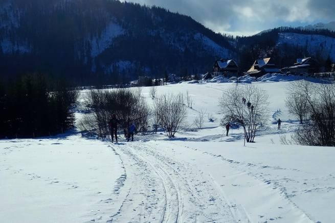Pod Tatrami w Kościelisku masa śniegu i świetne warunki do biegania na nartach