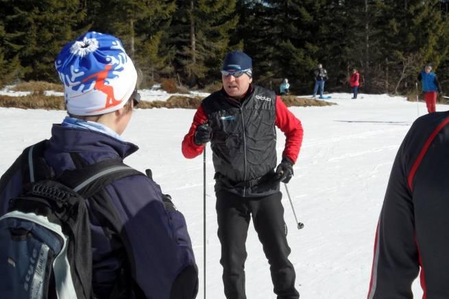 Józef Michałek podczas zajęć na zimowym kursie narciarstwa biegowego