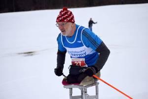 Paraolimpijczyk i mistrz świata w biegach narciarskich zbiera na nowy sprzęt