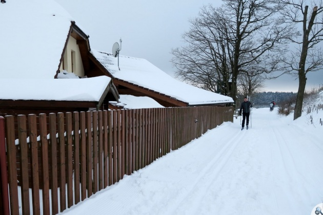 Nove Mesto trasy przy domach